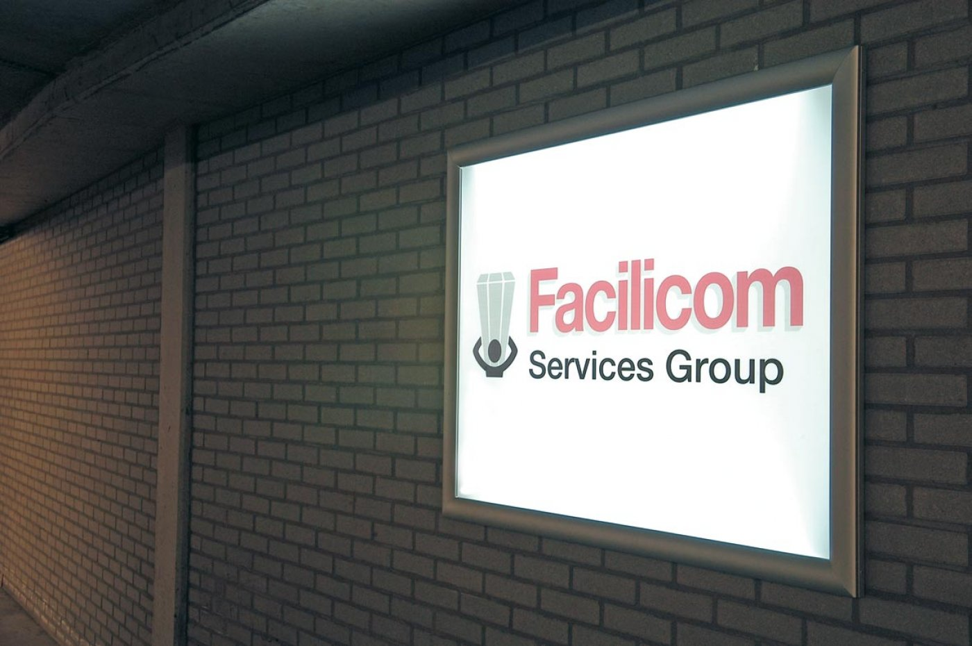 Facilicom indoor sign
