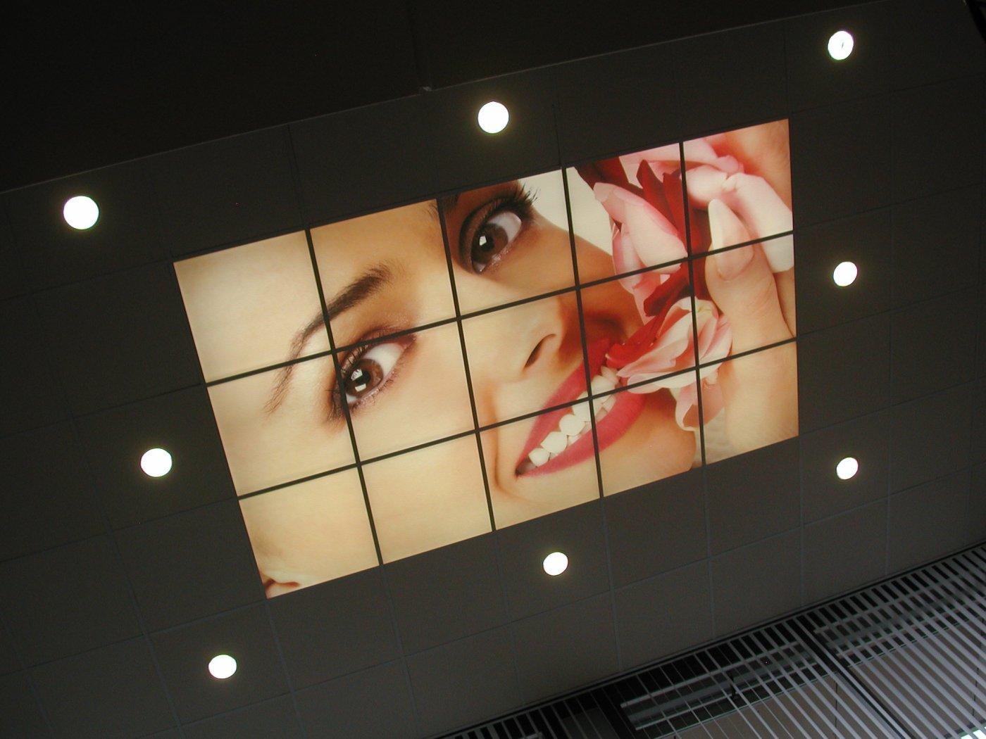Systeemplafond als lichtbak