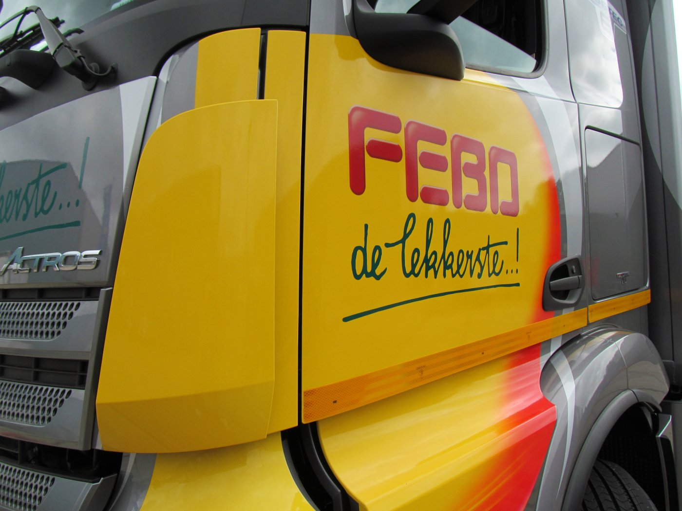 Belettering Febo actros 2x